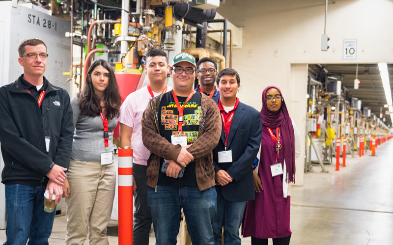 Students tour SLAC National Accelerator Laboratory at PhysCon 2016. Photo by Ken Cole.