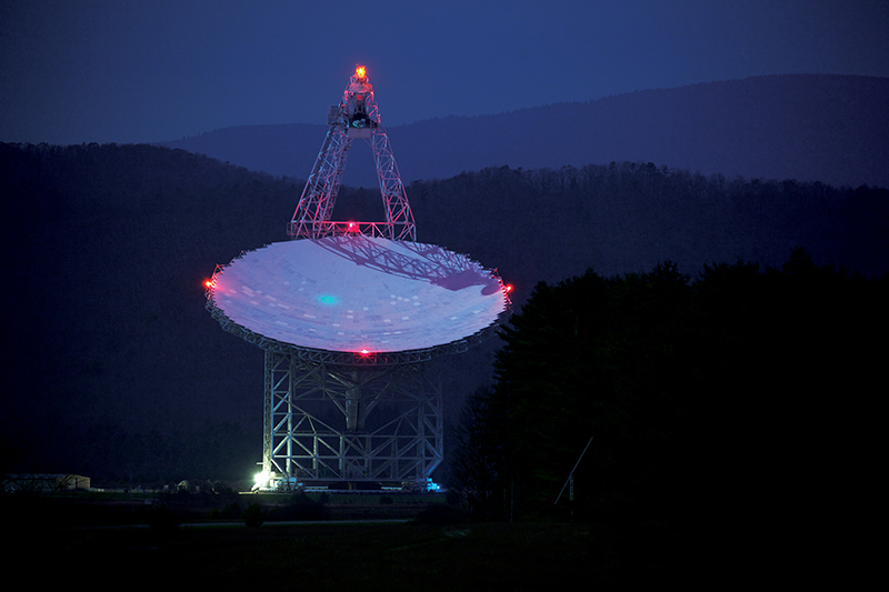 The Green Bank radio telescope in West Virginia. Photo courtesy of Jiuguang Wang.
