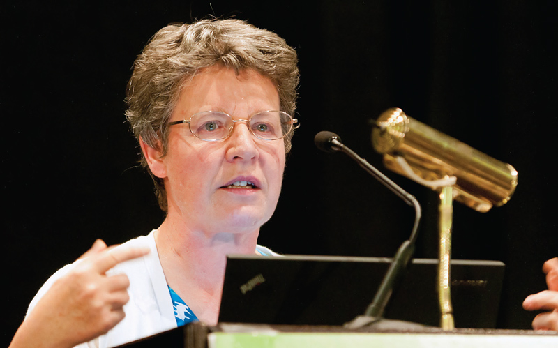 Jocelyn Bell Burnell delivers her plenary talk at the 2012 Sigma Pi Sigma Quadrennial Congress in Orlando, FL. Photo by Ken Cole.