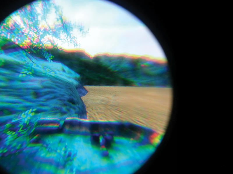 A heavy chromatic aberration occurs in a virtual reality software demonstration. Image courtesy of Filip Hajek/Bill Cummings.