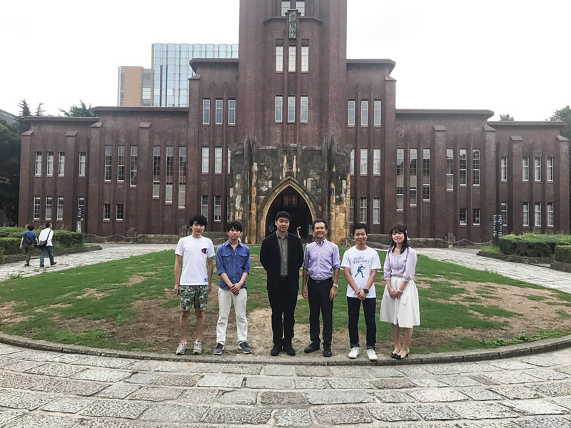 The OSA Student Chapter at the Tokyo University attends the Traveling Lecturer Seminar in August 2017. Photo courtesy of the Tokyo University OSA Student Chapter.