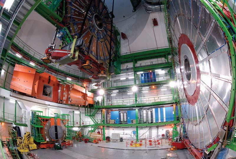 Lowering of the YE+2 end-cap for CMS at CERN. Photo courtesy of CERN.