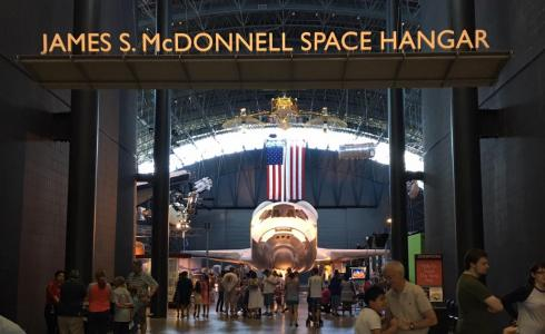 Space Shuttle Discovery at the Udvar-Hazy Center